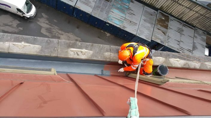 Rappel IRATA Industrial Rope Access Abseiling Gutter Repairs and Waterproofing Works