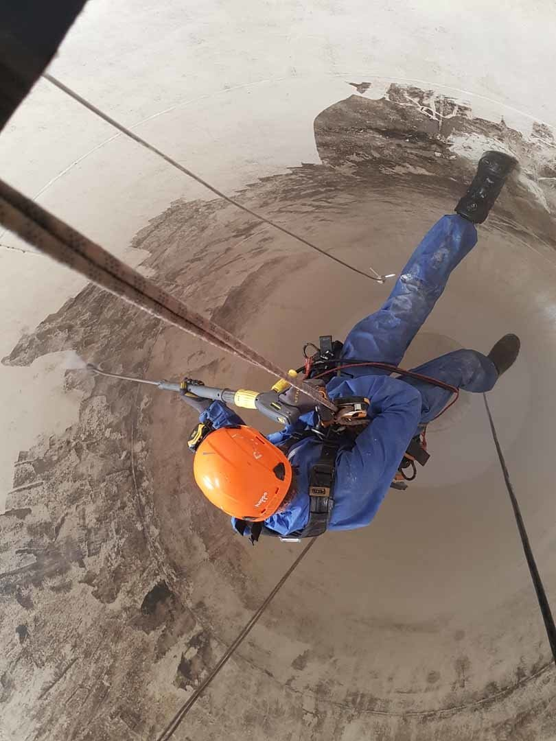 Rappel Rope Access Contractors, Silo Clenaing and Maintenance Services, Internal Flour Silo Depp Cleaning Works, Manchester.